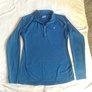 EUC GO-DRY Sweatshirt